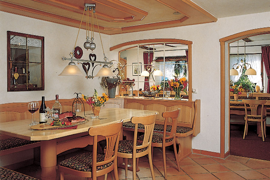 gasthaus b rgerst ble hotel bed breakfast restaurant in st peter black forest germany. Black Bedroom Furniture Sets. Home Design Ideas
